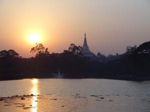 Shwedagon Paya @sunset