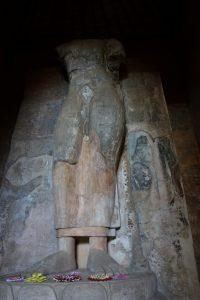 Buddha aux 3 courbes dans la Thivanka image house