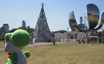 Yoshi @ Buenos Aires - Xmas tree