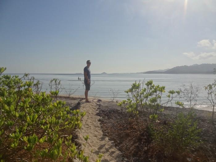 Sentier menant à la plage depuis notre bungalow